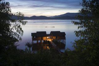 1.-vedana-lagoon