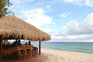 Vue du bar de plage Sokha Beach