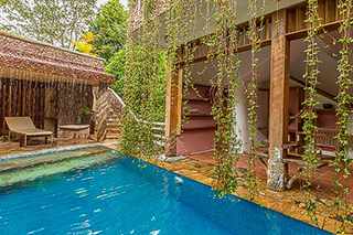 Piscine privée dans villa au Veranda Natural Kep