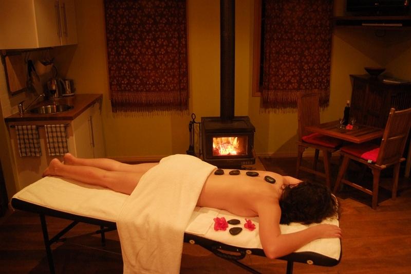 Massage pierres chaudes au Vietnam