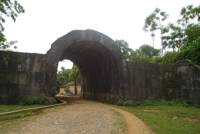 Citadelle-dynastie-Ho-vietnam