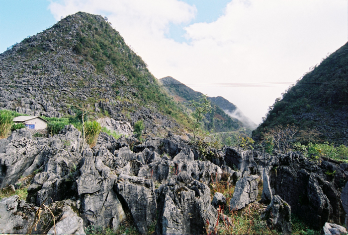 Dong-Van-Karst-plateau-Vietnam