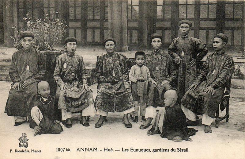 Eunuques cour Hue Annam