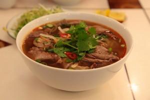 bun-bo-hue-vietnam