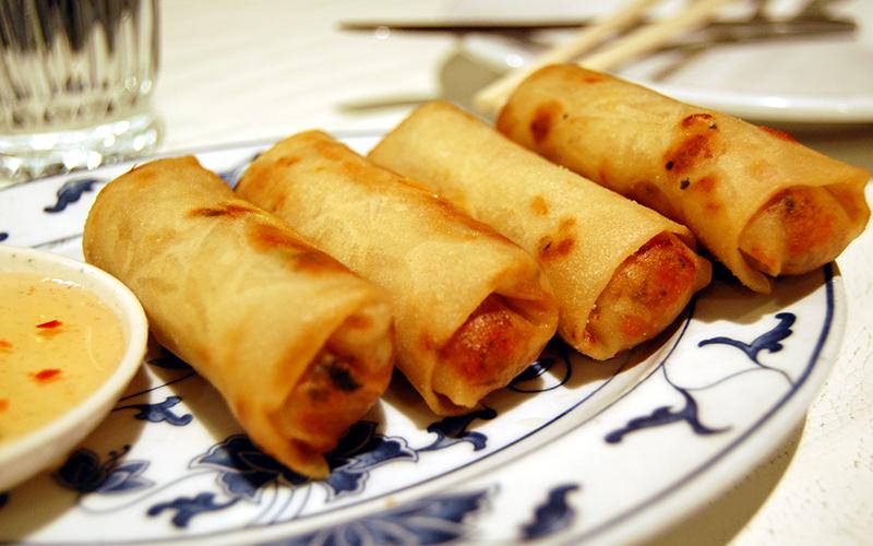 Assiette de nems vietnamiens
