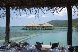 Vue de la terrasse du restaurant Song Saa